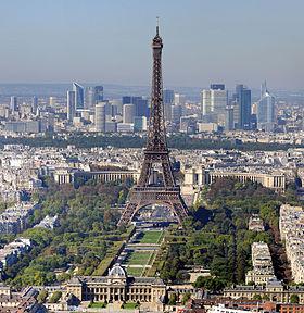 280px-Paris_-_Eiffelturm_und_Marsfeld2