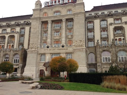 Entrance_Gellert